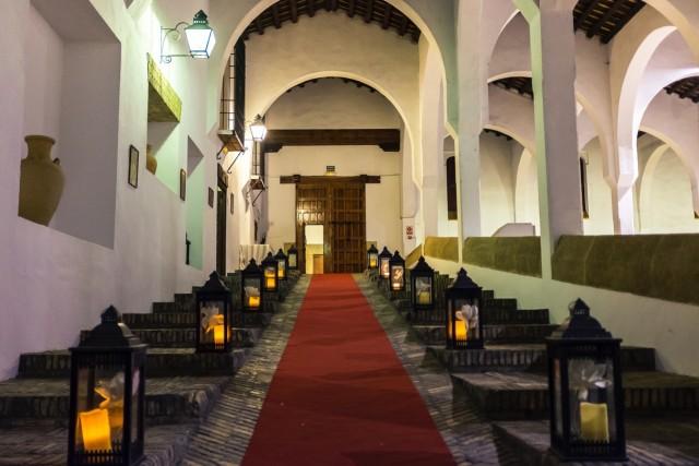 Entrada al salón principal de la bodega